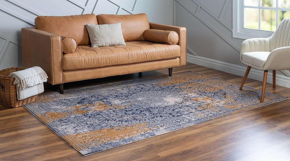 فرش یا مبل
