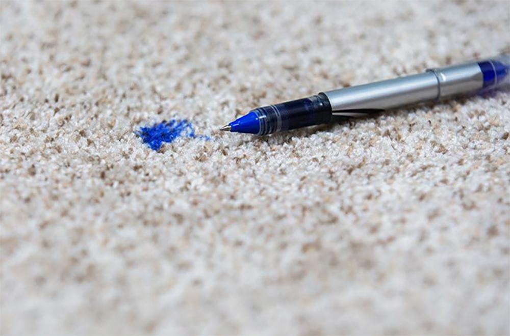 پاک کردن جوهر از روی فرش