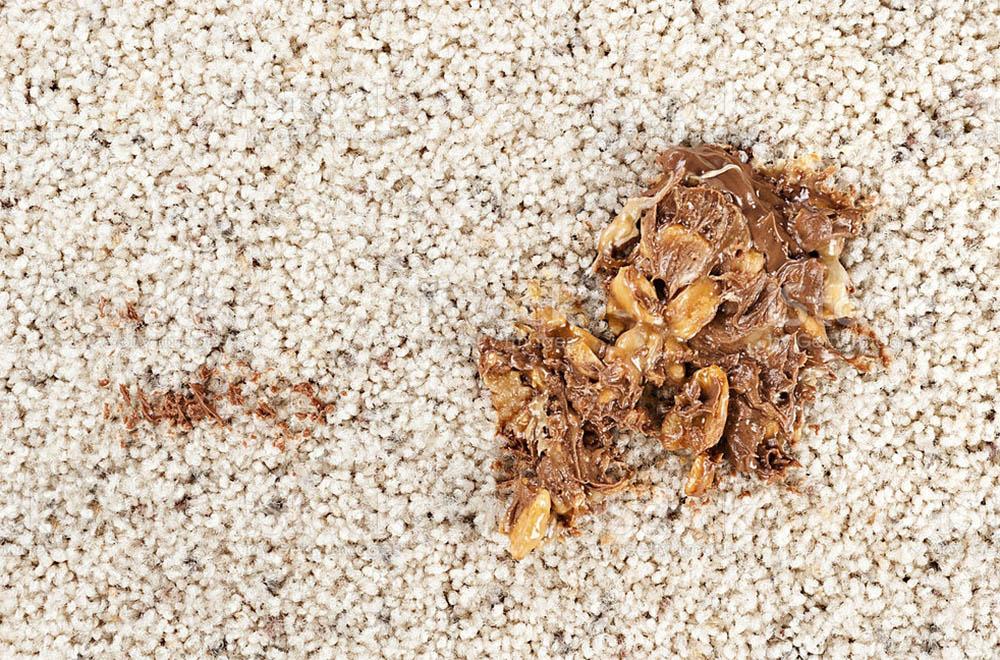 از بین بردن لکه شکلات روی فرش