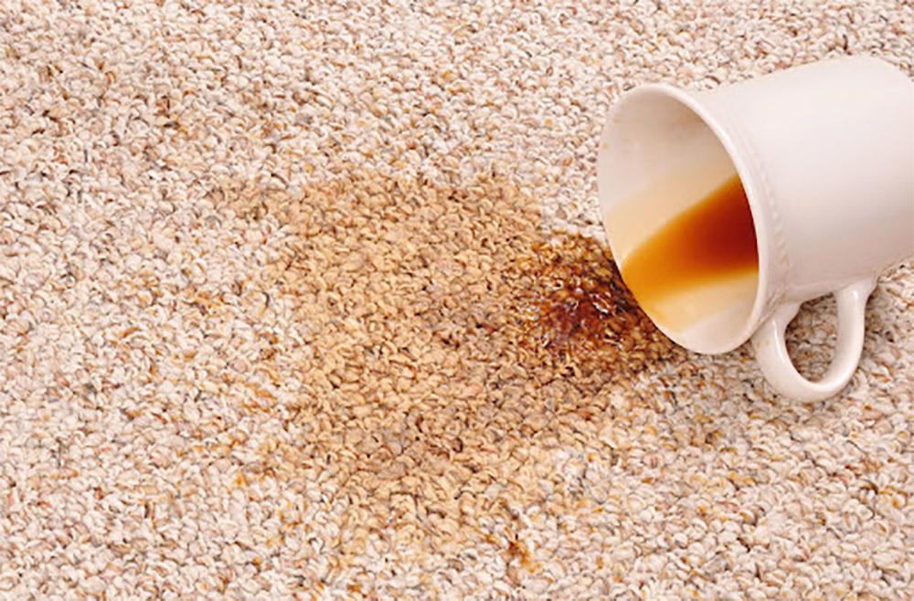 از بین بردن لک چای روی فرش کرم